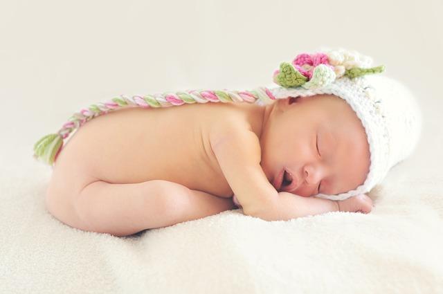 Enfant prénoms fille albanais